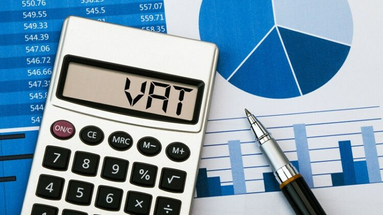 Who can use VAT annual accounting scheme